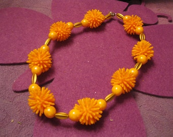 SPIKY BALL NECKLACE-Orange