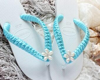 AQUA Bridal Flip Flops, Bride gift, Bridesmaid gift, Wedding flip flops, Bridal Sandals, Wedding Sandals, Beach Wedding shoes, bridal shoes