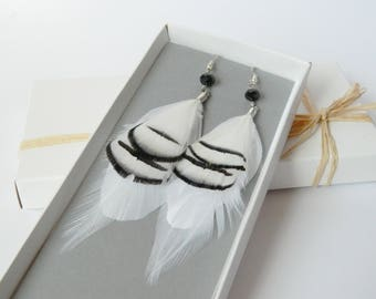 Black and white feather earrings - Bohemian style earrings -  Summer fashion - Hippie style summer jewelry - Festival accessories