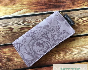 SHIPS TODAY\\\ Checkbook Cover in Purple Floral