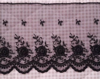 LACE VALENCIAN black flowers embroidered on Tulle - length 1 m 50