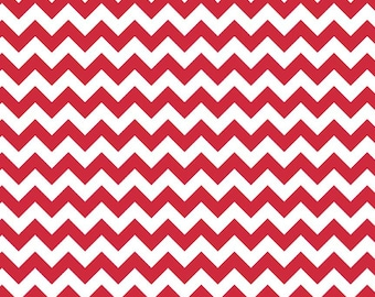 Riley Blake Designs, Small Chevron in Red (C340 80)