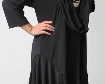 FREE SHIPPING - New Crazycuts long lagenlook Plus Size and Regular Size Tunic Dress.