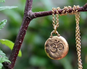 Ohm Pendant Necklace.Sterling Silver Chain.Gold.Metal plated in sterling silver.Spiritual.Namaste.Yoga.Energy.Love.Birthday.Gift.Handmade