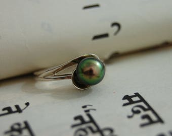 Xyla - Peacock pearl ring, pearl stacking ring, pearl engagement ring, pearl promise ring, continuum silver ring, freshwater peacock pearl