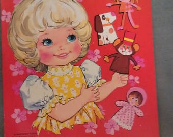 Peachy and her Puppet Doll Book 1974 Mattel Paper Doll