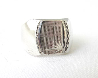 Signet Ring man Silver 925 square motif crafted engraved T62/63