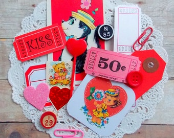 Mini Valentine's Junk Journal  Kit / Inspiration Kit / 30 Pieces / Project Life / Junk Journal / Daily Planner