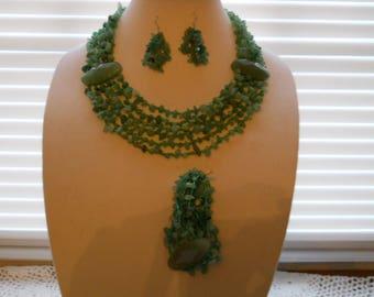 Jade Glass Chip Stone Necklace Earring Bracelet Set #738