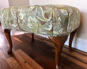 Elegantly Upholstered 10 Button Tufted Footstool / Ottoman with Carved Oak Wood Legs