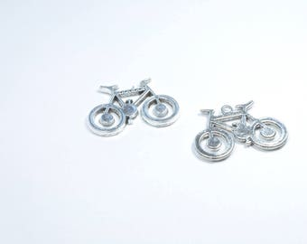 BR770 - Set of 2 silver metal bicycle charms