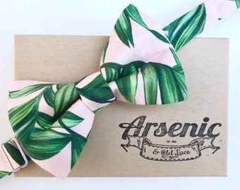 Palm leaf bow tie | mens bow tie | tropical leaf print | green and pink bow tie | boys bow tie | toddler bow tie | womens bow tie