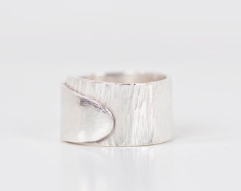 Textured Sterling Silver Ring, 7 mm, Nickel Free, Eco-Friendly
