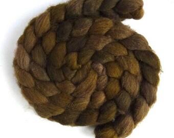 Gold Brown, Fawn Shetland Roving - Handpainted Spinning or Felting Fiber