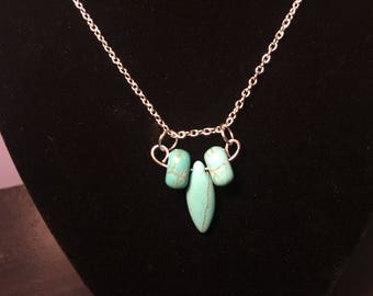 Turquoise Spike Accent Pendant Necklace
