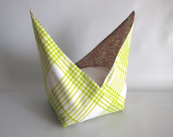 Lunch bag, Azuma bag, Bento bag, Japanese lunch bag - Yellow-green checker and pink, mauve and green floral - Small