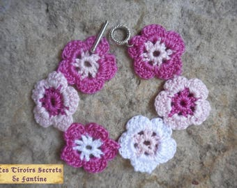 variations of pink crochet flower bracelet