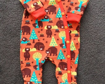 Happy bears 3-6m babygrow.