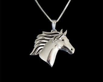 Horse - sterling silver pendant and necklace