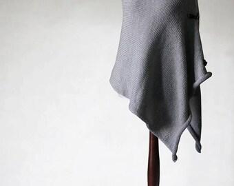 Alpaca poncho, chunky poncho, pullover sweater, turtleneck poncho, womens poncho, knit poncho, gray poncho, womens sweater, knit sweater