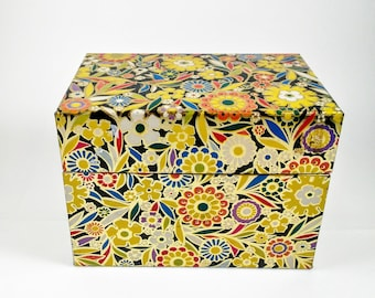 Vintage 1970's Chintzy Floral Tin Recipie Box by J. Chien