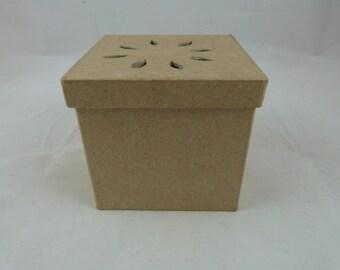 """Box """"square"""" paper mache to decorate for pot pourri"""