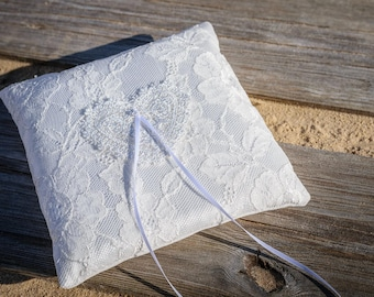 Ring Pillow Wedding, White Lace Ring Bearer Pillow With Heart, White Lace Wedding Pillow, Lace Ring Pillow, White ring pillow