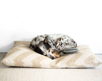 Natural Chevron dog bed cover // Neutral pet bed cover // Midcentury Modern dog bed duvet // Designer dog bed cover for small to large dogs