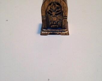 Sale item, Vintage doll house radio, plastic radio, table top radio, mini radio