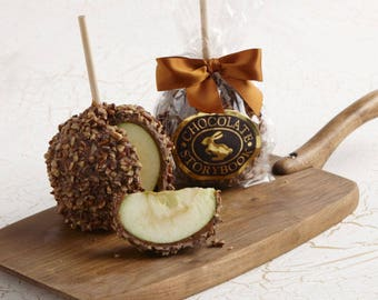Chocolate Caramel Apple with Pecan