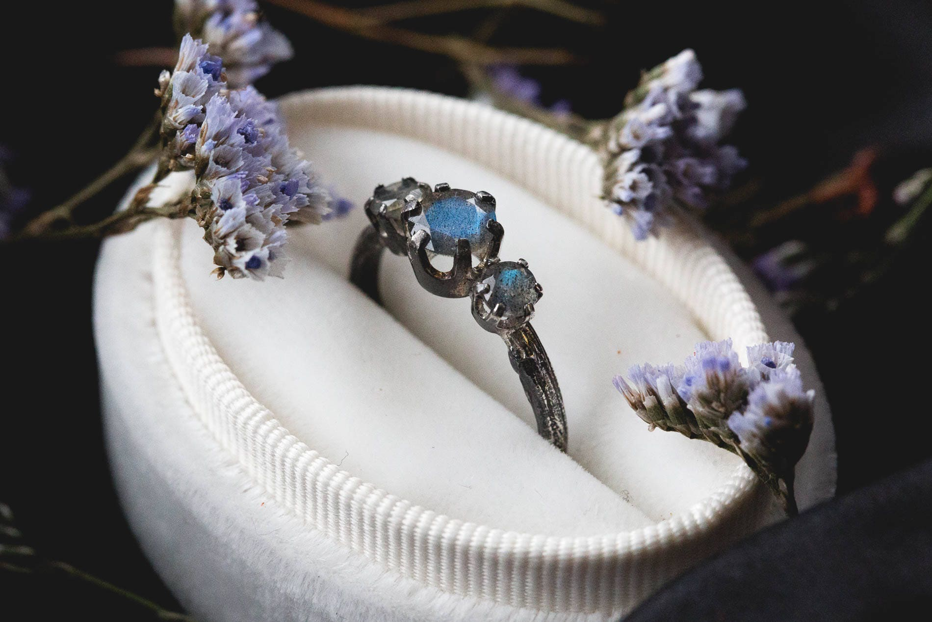 coffin or engagement sapphire carat e moissanite fingers on oval supernova kristin rings forever ring twig diamond