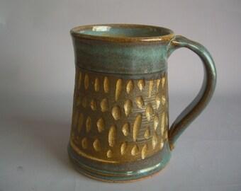 Hand thrown stoneware pottery beer mug   (BM-12)