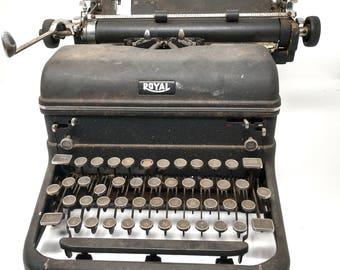 Royal Typewriter, Vintage Typewriter, Serial Number: KMM3763 240, Antique Typewriter