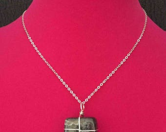 All Wrapped Up Polished Quartz Stone Sterling Silver Bale and Chain
