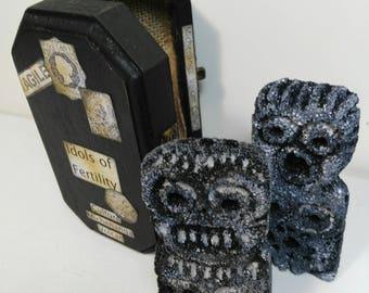 Idols of fertility-art box-shadow box-sculpture-idols-fertility-archeology-curiosities-decoration-rituals-couple-volcan-handmade
