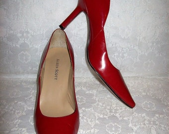 Vintage Ladies Red Leather High Heel Pumps by Karen Scott Size 7 1/2 Only 9 USD