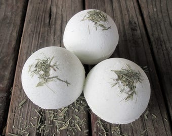 Natural Bath Bomb LEMONGRASS no dyes, no synthetic fragrances