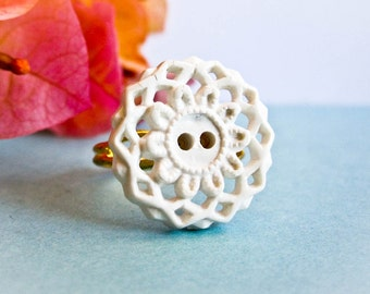 Vintage White Lace Doily Button Ring