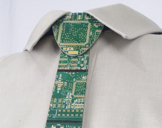 Circuit Board Necktie made with REAL Recycled PCB in Classic Green and Gold. Upcycled and fully functional. Available in 2 lengths!