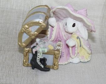 "Patchville Bunnies Colleciton ""Penelope"" Figurine Reg. No. 8D-589 FREE SHIPPING"