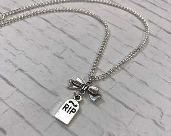 Silver Gravestone-Shaped *RIP* and Bow Charm Pendant Necklace