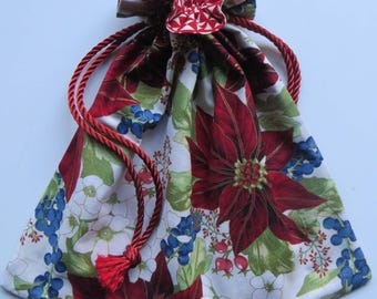 Poinsettia Floral Lined Drawstring Holiday Gift Bag