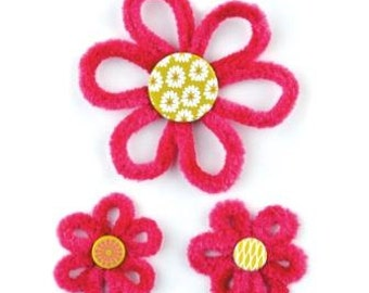BasicGrey Red Chenille Flowers