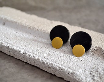 SALES Black marble small round earrings with gold round metallic details