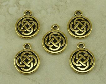 5 TierraCast Celtic Knot Round Charms > Irish Ireland St Patricks Day - 22kt Gold Plated Lead Free Pewter - I ship internationally 2033