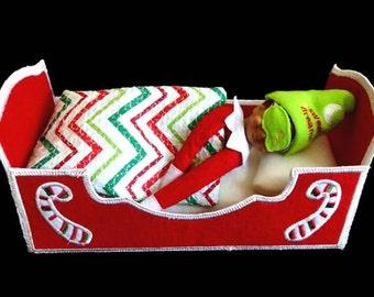 In Hoop Bed for the Cute Elf