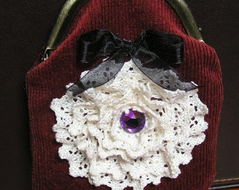Maroon velvet with ruffled lace clasp coin purse