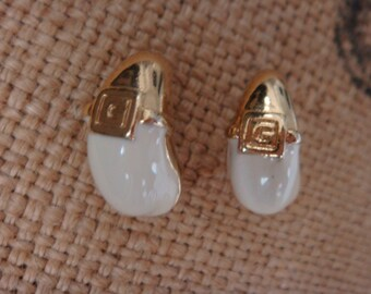 Vintage Givenchy Paris Earrings G Logo White Enamel On Trend Haute Couture Signed