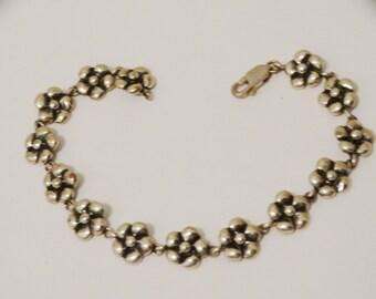 Vintage Sterling Silver Stamped Flower Link Bracelet.