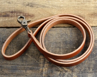 Leather Dog Leash | Custom Pet Accessories | Personalized Dog Lead | Chestnut Leather + Antique Brass Hardware